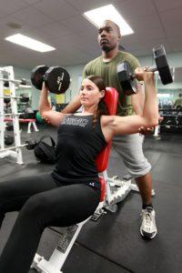 De flesta övningar kan utföras med en bänk